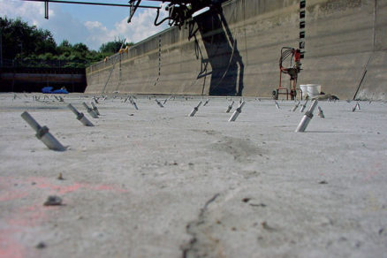 Úspešne realizovaná injektáž trhlín v betóne
