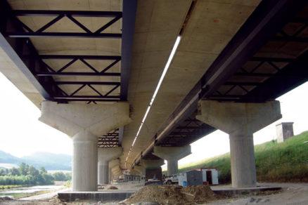 Výstavba diaľnice D1 Sverepec – Vrtižer