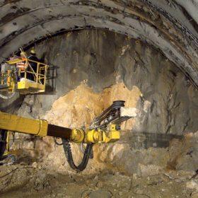zeleznicny tunel turecky vrch